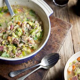 Ham hock, leek and bean pot