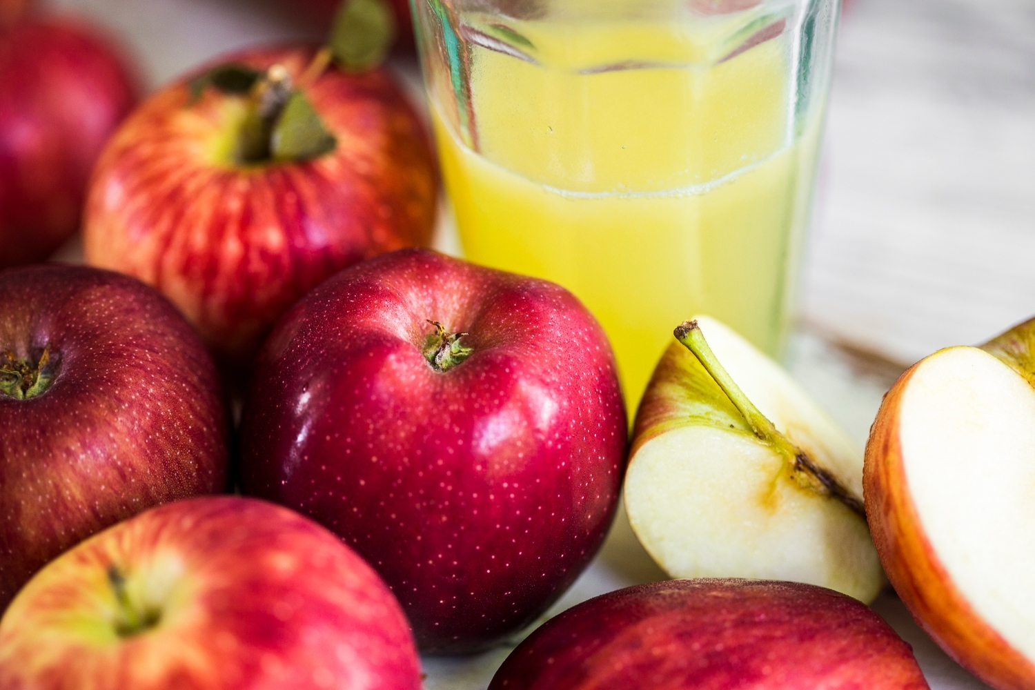 Juicing apples