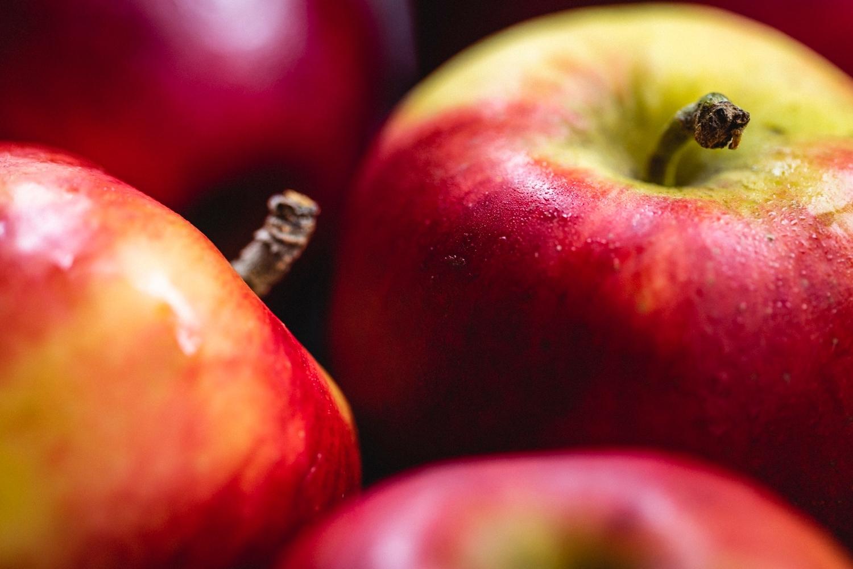 Bonita apples