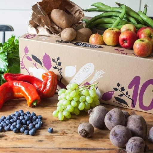 Seasonal organic fruit & veg box – large