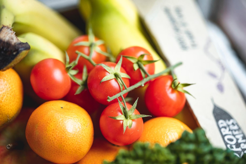 Seasonal organic fruit & veg box plus meat – medium