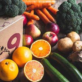Seasonal organic fruit & veg box - small