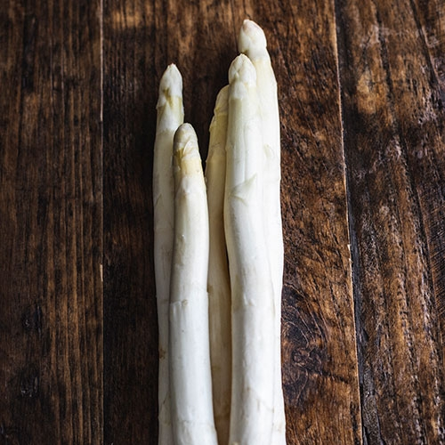 Picture of White asparagus