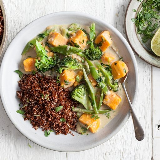 Aromatic Coconut Curry with Red Quinoa