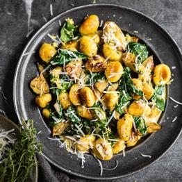 Courgette, Spinach & Basil Gnocchi Carbonara